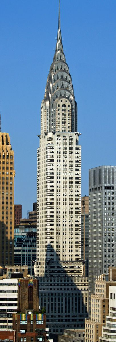 By w:User:Overandderivative work: Overand (talk) - Chrysler_Building_by_David_Shankbone.jpg, CC BY-SA 3.0, https://commons.wikimedia.org/w/index.php?curid=6882882