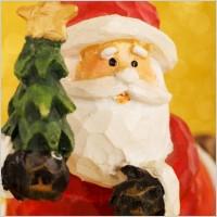 kerstman met boom